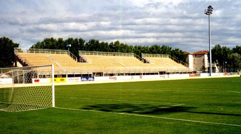 photos du stade de istres stade bernard bardin. Black Bedroom Furniture Sets. Home Design Ideas