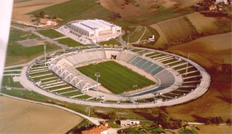 Históricos venidos a menos - Página 2 Stadio-del-conero